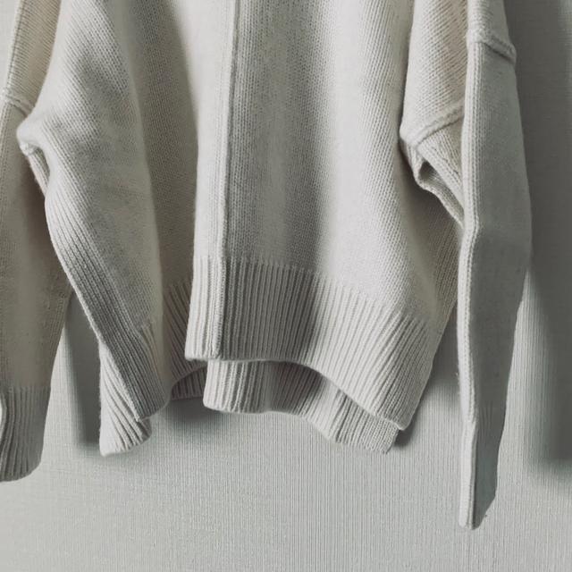 Drawer(ドゥロワー)の2019SS 完売品 カシミヤコットン天竺編み ニット ホワイト ドゥロワー  レディースのトップス(ニット/セーター)の商品写真