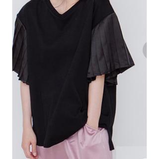 メリージェニー(merry jenny)のメリージェニー 袖プリーツTシャツ 黒(Tシャツ(半袖/袖なし))