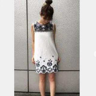 dazzlin - dazzlin ダズリン デニム 刺繍 ワンピース エンブロイダリー 花柄