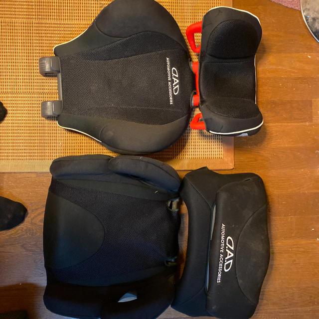 DADチャイルドシート キッズ/ベビー/マタニティの外出/移動用品(自動車用チャイルドシート本体)の商品写真