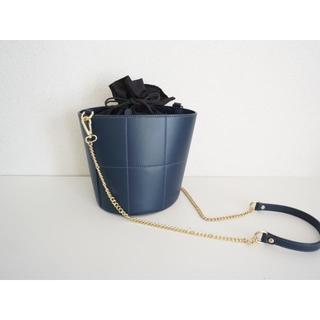 MARCO BIANCHINI 本革レザー ポシェット ショルダー バッグ 巾着(ショルダーバッグ)