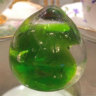 バカラ(Baccarat)のガラスのペーパーウェイト  ハンドメイド グリーン(置物)