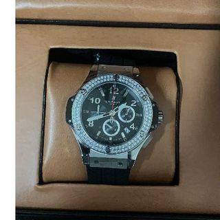 HUBLOT - HUBLOT ダイヤ 腕時計 クォーツ ブラック メンズ 箱付き 42mm