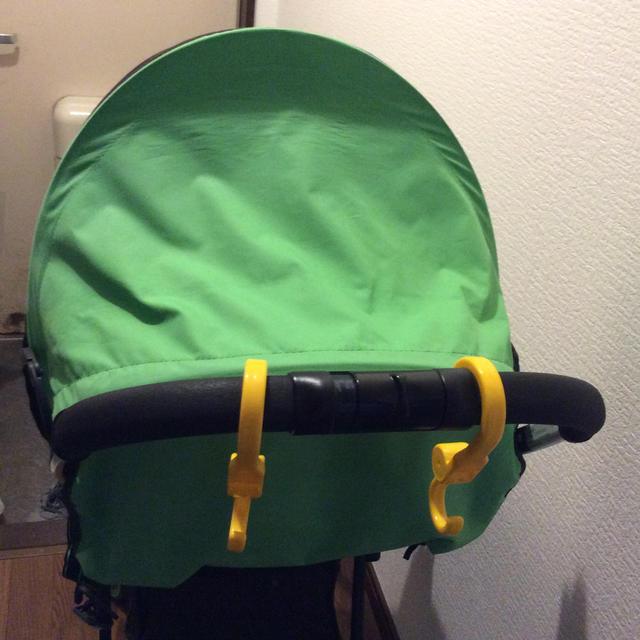 Aprica(アップリカ)のB型 ベビーカー マジカルエアー プラス  Aprica 緑色 グリーン キッズ/ベビー/マタニティの外出/移動用品(ベビーカー/バギー)の商品写真