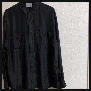アートヴィンテージ(ART VINTAGE)の90's 古着男子 菅田将暉 レーヨンシャツ ヨーロピアン 無地 ブラック(シャツ)
