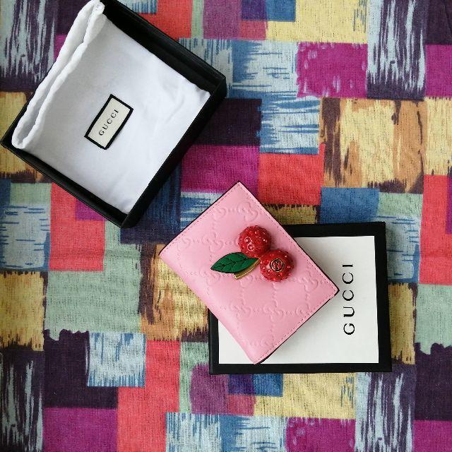 バチスカーフ時計スーパーコピー,グッチ日本限定チェリーピンクのパッケーの通販