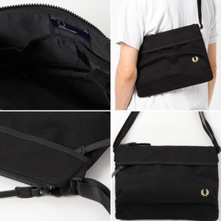 FRED PERRY - FRED PERRY PIQUE SACOCHE BAG