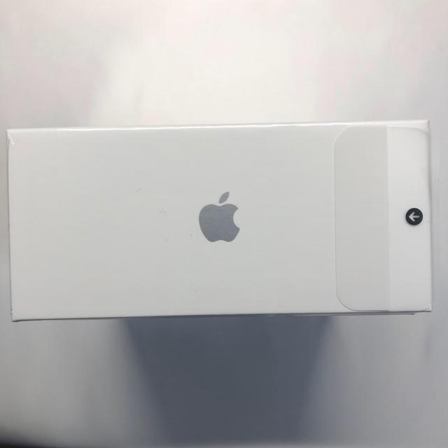 Apple(アップル)のAirPods pro エアーポッズプロ MWP22J/A 新品未開封 スマホ/家電/カメラのオーディオ機器(ヘッドフォン/イヤフォン)の商品写真