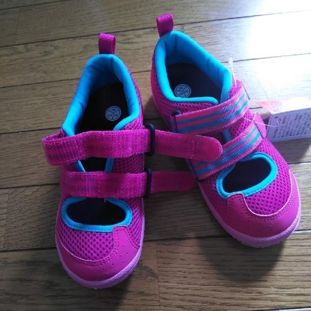 asics(アシックス)の専用!アシックス asics スニーカー 18 キッズ/ベビー/マタニティのキッズ靴/シューズ(15cm~)(スニーカー)の商品写真