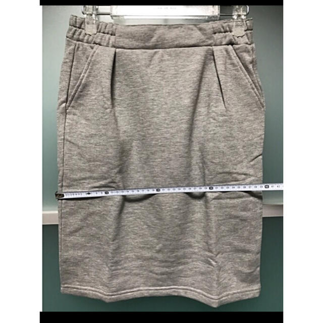 ikka(イッカ)のスカート Mサイズ ikka  新品 レディースのスカート(ひざ丈スカート)の商品写真