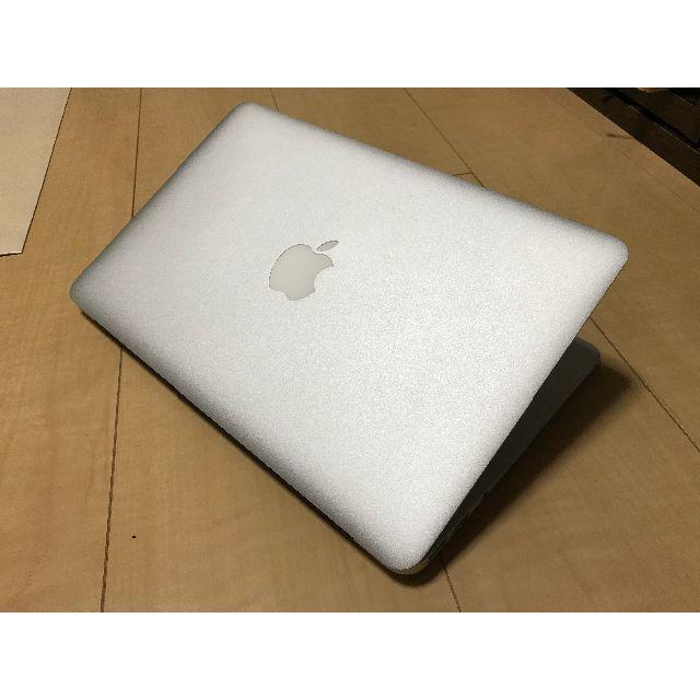 Apple(アップル)のMacBook Air 11インチ Core i7 256GB /4GB スマホ/家電/カメラのPC/タブレット(ノートPC)の商品写真