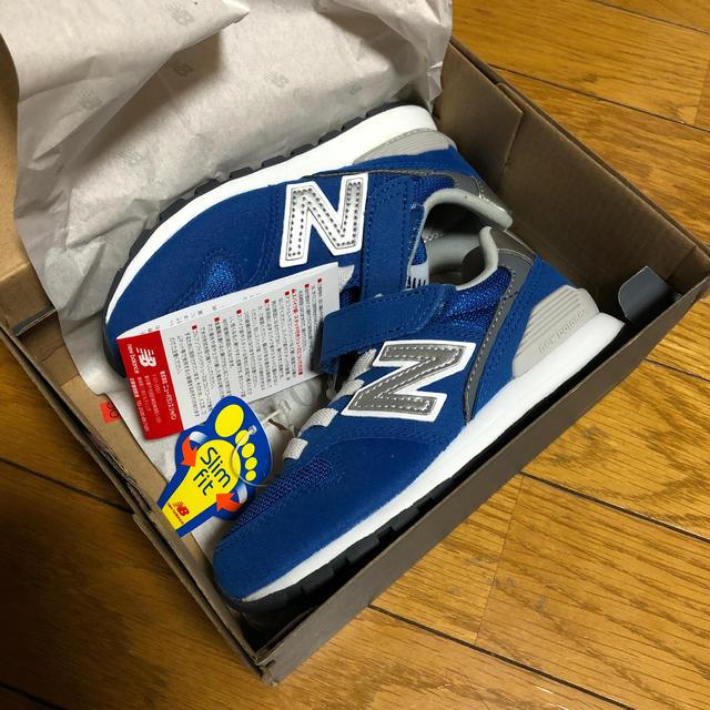New Balance(ニューバランス)の新品ニューバランス17cm キッズ/ベビー/マタニティのキッズ靴/シューズ(15cm~)(スニーカー)の商品写真