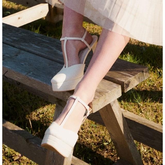 eimy istoire(エイミーイストワール)のエイミーイストワール Tストラップパンプス レディースの靴/シューズ(ハイヒール/パンプス)の商品写真