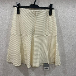 ELLE - 《新品未使用》定価4,620円+税 ELLEスカート