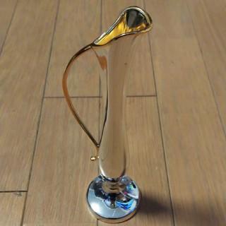 ワコウドウ(和光堂)の銀色の一輪挿し(花瓶)