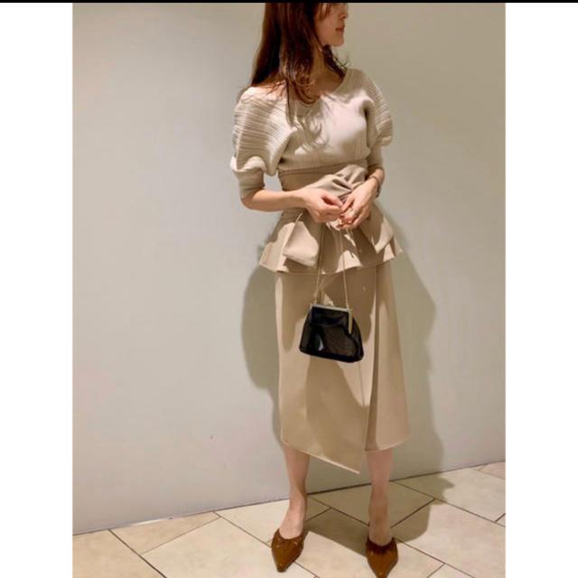 snidel(スナイデル)のsnidel  新品 リボンディテールポンチスカート レディースのスカート(ひざ丈スカート)の商品写真