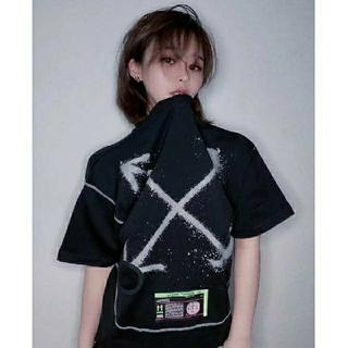 ナイキ(NIKE)の送料込み ナイキ オフホワイト Tシャツ S ナイキラボ(Tシャツ(半袖/袖なし))