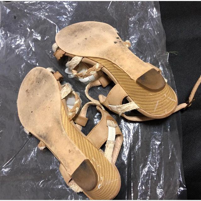 axes femme(アクシーズファム)のアクシーズファム☆大きな花飾りが可愛いサンダル! 24㎝ レディースの靴/シューズ(サンダル)の商品写真