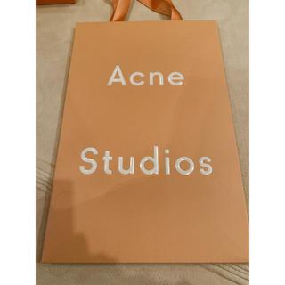 アクネ(ACNE)のアクネの紙袋(ショップ袋)