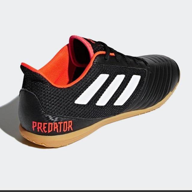 adidas(アディダス)のアディダス  フットサル シューズ 23 スポーツ/アウトドアのサッカー/フットサル(シューズ)の商品写真
