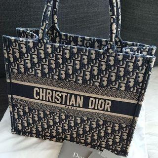 Christian Dior - (値下げしました) ディオール ブックトート バッグ (スモール)