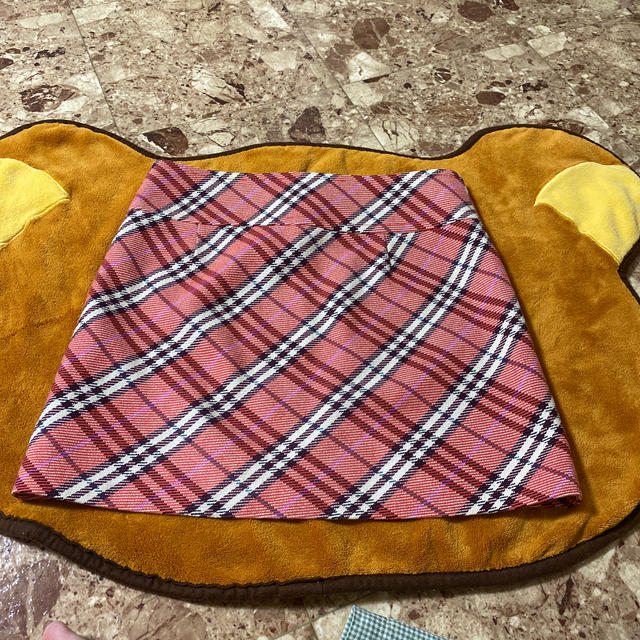 BURBERRY BLUE LABEL(バーバリーブルーレーベル)の【BURBERRY】台形ピンクチェックミニスカ レディースのスカート(ミニスカート)の商品写真