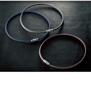 コラントッテ(Colantotte) ネックレス クレスト プラム色 Mサイズ