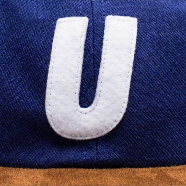 UNDEFEATED(アンディフィーテッド)のUNDEFEATED U SUEDE STRAPBACK メンズの帽子(キャップ)の商品写真