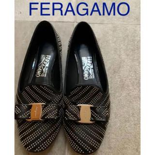 Salvatore Ferragamo - フェラガモ スタッズパンプス