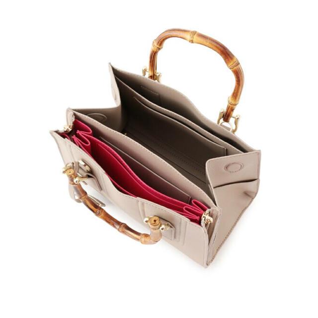 ROPE(ロペ)のROPE ジャバラ バッグ ミニ 赤 レディースのバッグ(ハンドバッグ)の商品写真