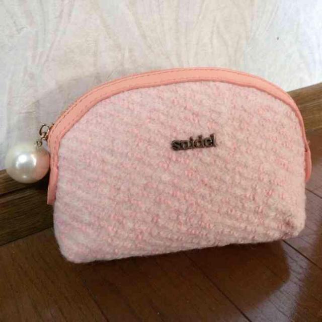 snidel(スナイデル)の新品♡ピンクパールポーチ♡スナイデル レディースのファッション小物(ポーチ)の商品写真
