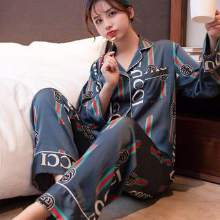 部屋着パジャマ
