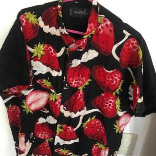 ミルクボーイ(MILKBOY)のMILKBOY ミルクボーイ 大人気オリジナルプリント ホイップベリー シャツ (シャツ)