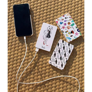 チェスティ(Chesty)の'PalinkAパリンカ モバイルバッテリーリゾート新品未使用充電器iPhone(バッテリー/充電器)