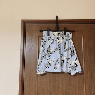 レピピアルマリオ(repipi armario)の花柄フレアスカート(ミニスカート)
