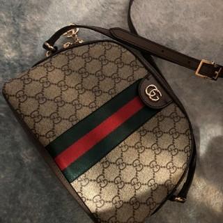 Gucci - GUCCI ショルダーバッグ