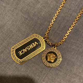 VERSACE - VERSACE ヴェルサーチ ネックレス ドッグタグ GOLD ゴールド