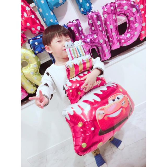 カーズの誕生日バルーンセット♡文字カラー変更可♡送料無料 キッズ/ベビー/マタニティのメモリアル/セレモニー用品(その他)の商品写真