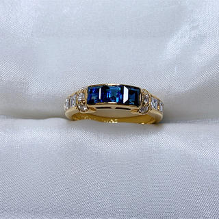 ポーラ(POLA)の●POLA k18  サファイア  ダイヤモンド ファッションリング(リング(指輪))