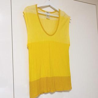 クロエ(Chloe)のChloe トップス Tシャツ イエロー 黄色(シャツ/ブラウス(半袖/袖なし))