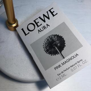 LOEWE AURA PINK MAGNOLIA サンプル