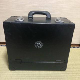 シュウウエムラ(shu uemura)のしろくま様専用 メイクボックス プロ用 shuuemura(メイクボックス)