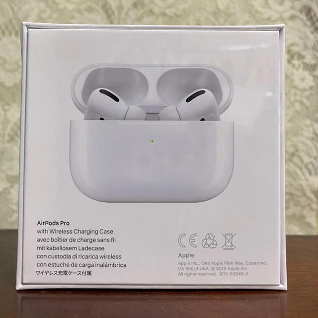 Apple(アップル)のApple airpods pro アップル エアポッズプロ本体 スマホ/家電/カメラのオーディオ機器(ヘッドフォン/イヤフォン)の商品写真