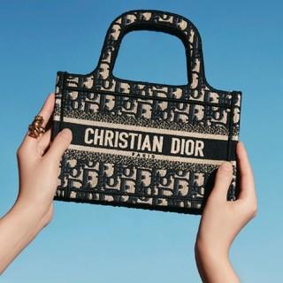 Dior - 人気ショルダーバッグ