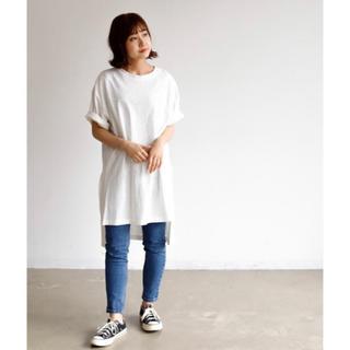 アンティローザ(Auntie Rosa)のサイドスリットTシャツ(Tシャツ(半袖/袖なし))
