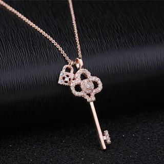 鍵モチーフCZダイヤネックレス ピンクゴールド 華奢 輝き シンプル エレガント(ネックレス)