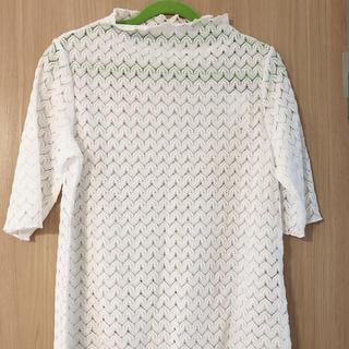ジーユー(GU)のレース Tシャツ トップス 白 ホワイト 服(カットソー(長袖/七分))