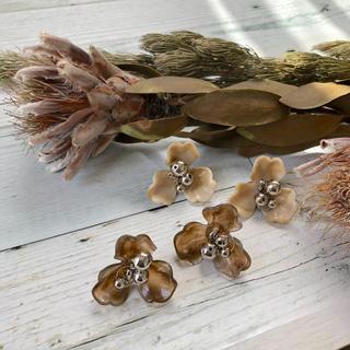 629 earrings(ピアス)
