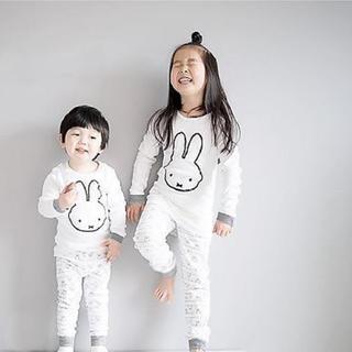 うさぎ柄 長袖 腹巻き付きパジャマ 上下セット 韓国子供服
