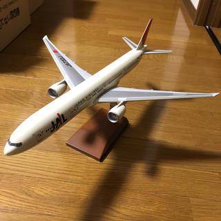 ジャル(ニホンコウクウ)(JAL(日本航空))のJAL 日本航空 B777 1/100スケールモデル 模型(模型/プラモデル)